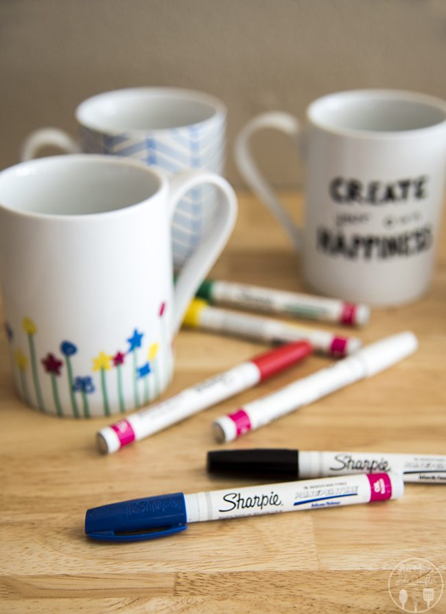 DIY Personalized Mugs - how to design and decorate your own personalized mugs that are dishwasher safe! These are perfect to make for a date night in, craft with the kids, or to make as gifts!