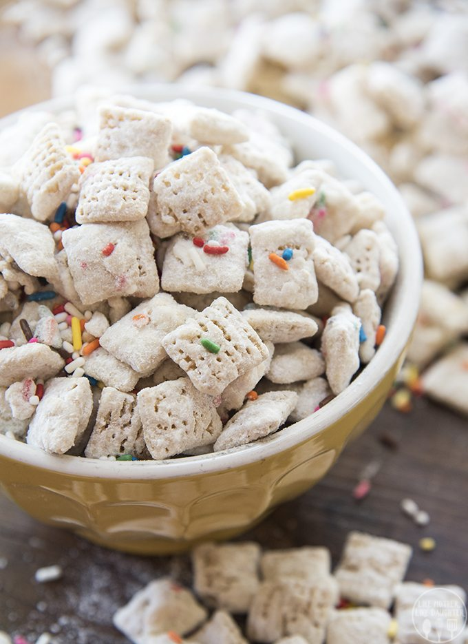 cake-batter-muddy-buddies-3