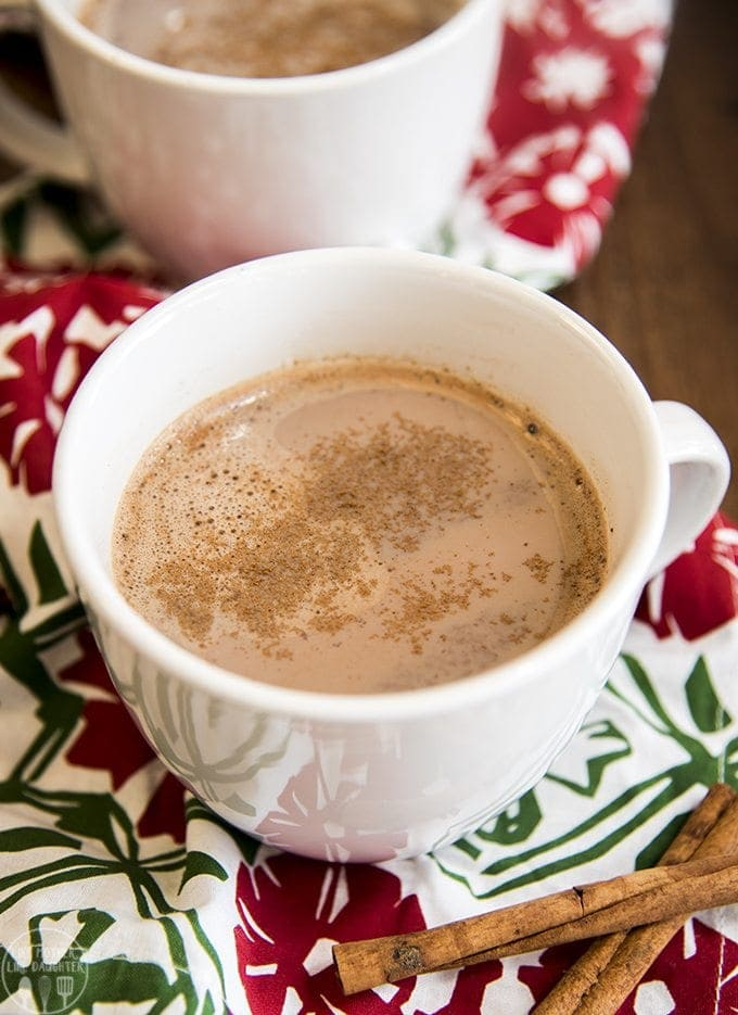 skinny-pumpkin-hot-chocolate-1