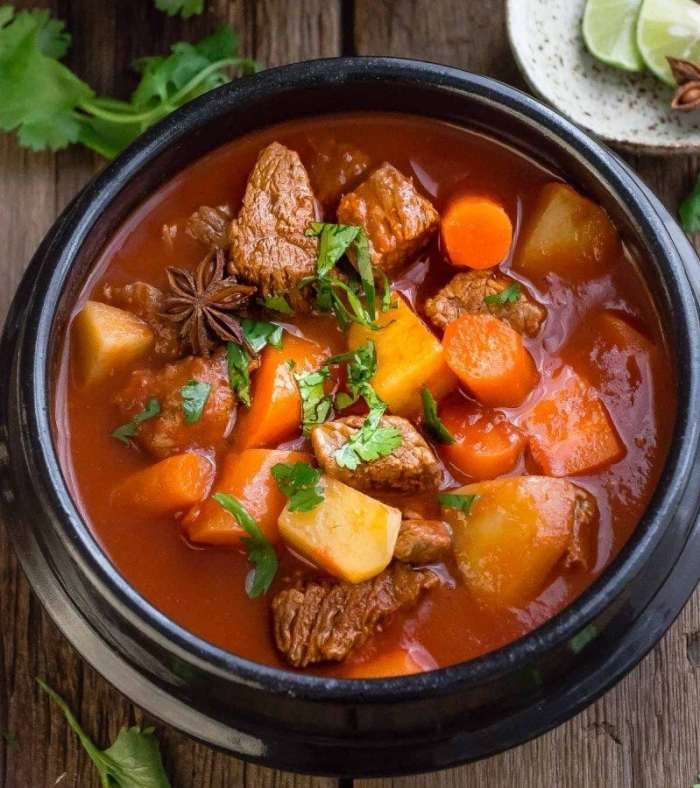 slow-cooker-homemade-beef-stew2-e1469129746150