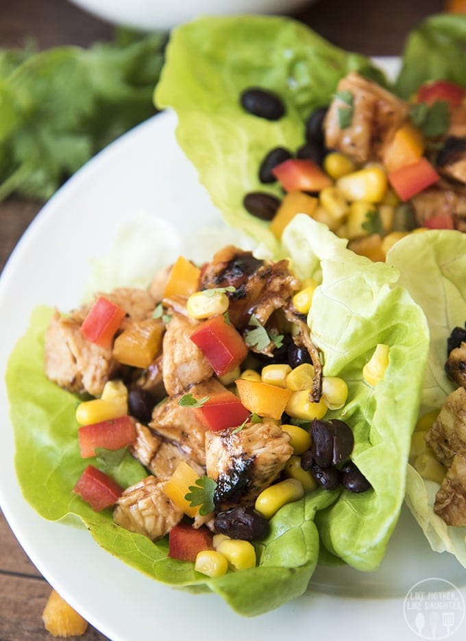 Barbecue chicken lettuce wraps are easy to make and packed full of flavor, stuffed full of bbq chicken, corn, black beans, and bell peppers these are perfect for lunch or dinner!