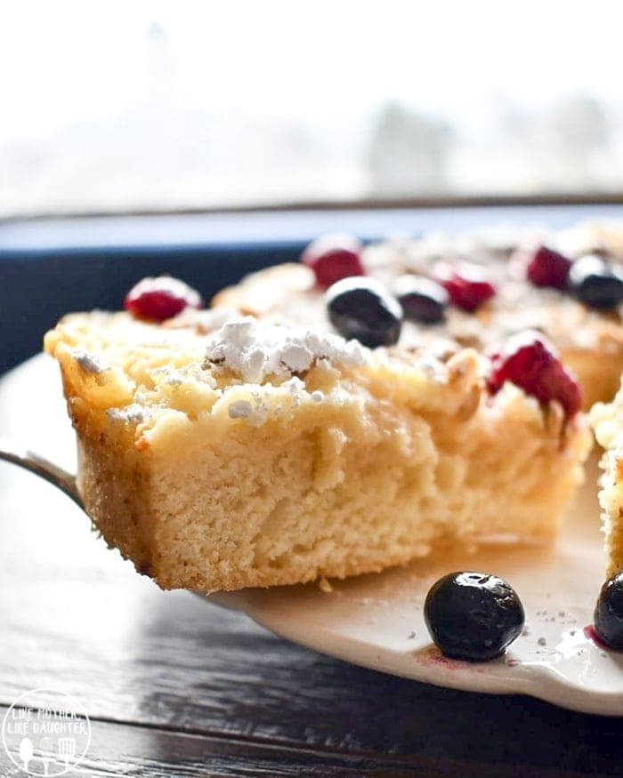 Lemon ricotta cake is a perfect delicious cake with creamy ricotta, tart lemon curd, and a sweet cake, all baked together!