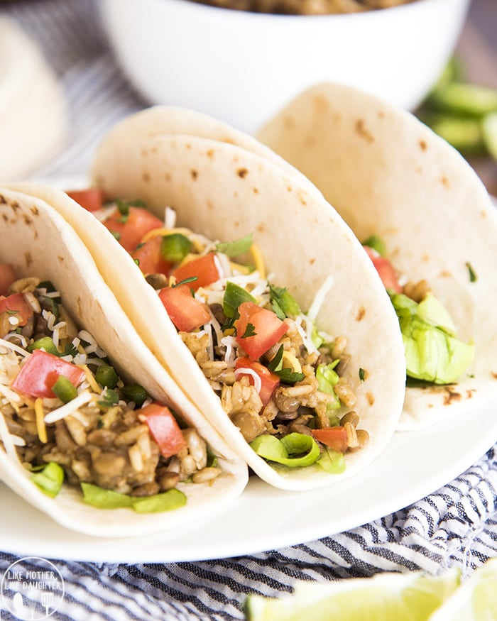Lentil Tacos vegan make a delicious hearty and flavorful meal that are great for vegetarians and meat eaters alike! Top them with your favorite taco fillings and they will be a family favorite!