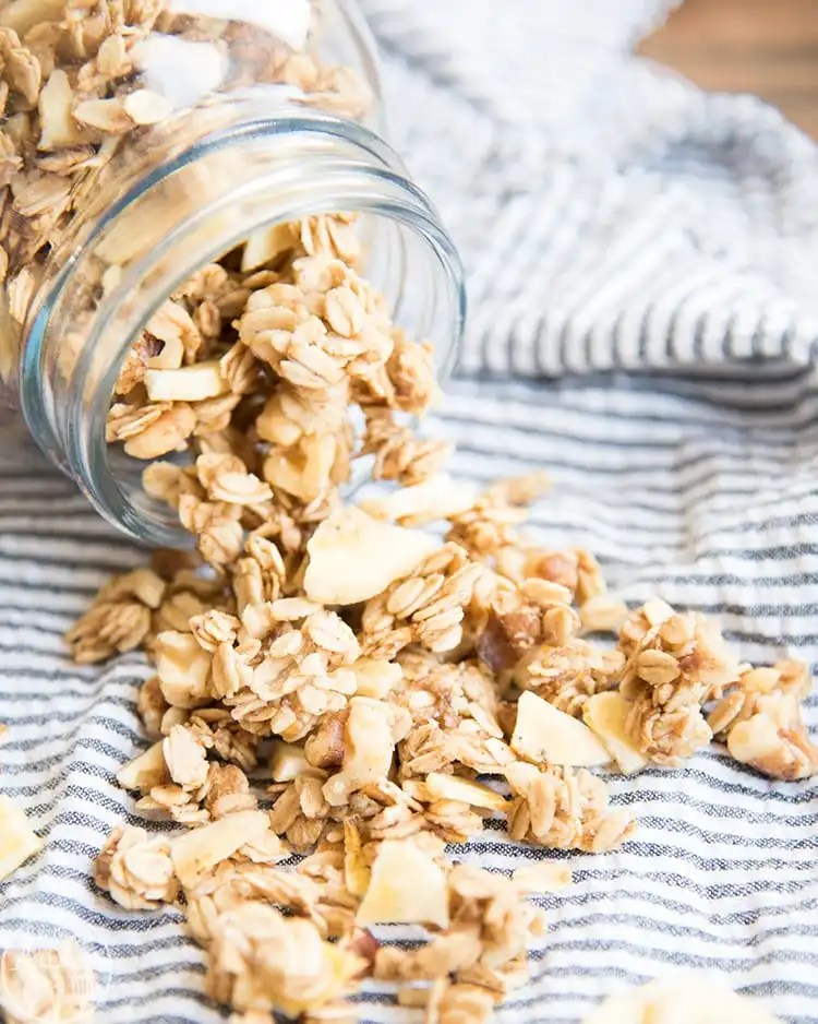 Banana Nut Granola that tastes just like banana bread!