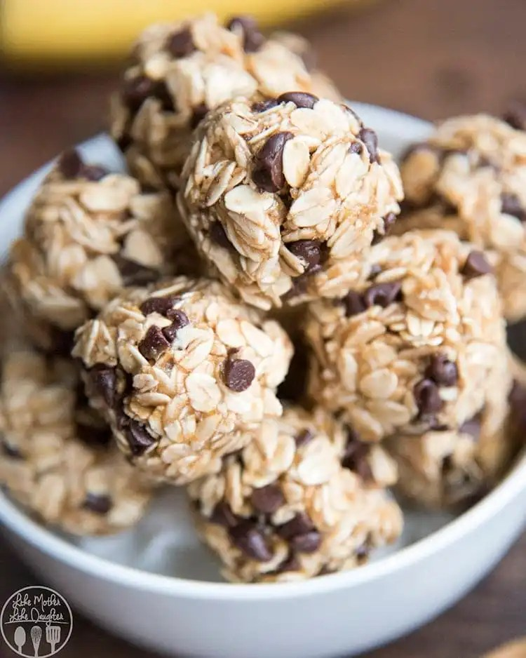 Peanut butter banana energy bites recipe for the perfect snack you and your kids will love