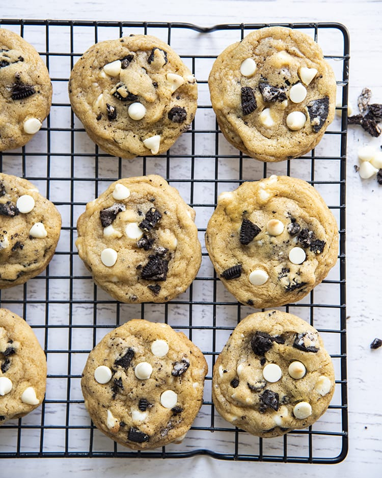Cookies and cream cookies on a cooling rack