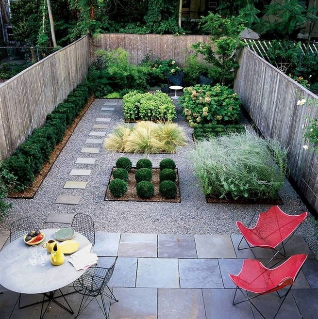 10 Enjoying Garden Ideas On A Budget 30