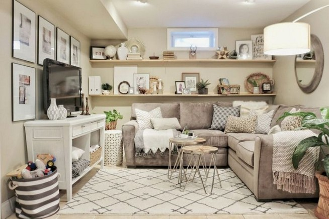 14 Attractive Small Living Room Décor Ideas With Sectional Sofa 30