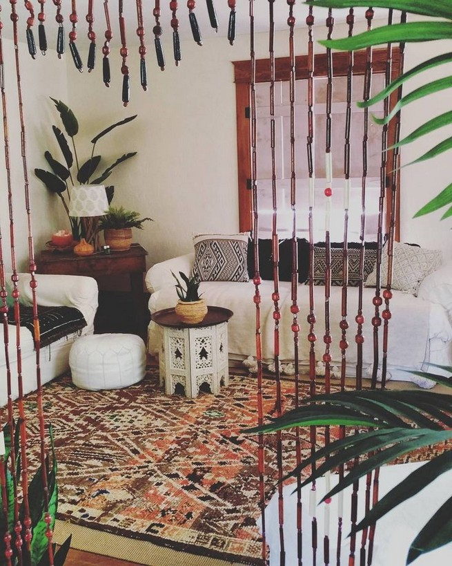 14 Incredible Colorful Bohemian Living Room Ideas For Inspiration 32