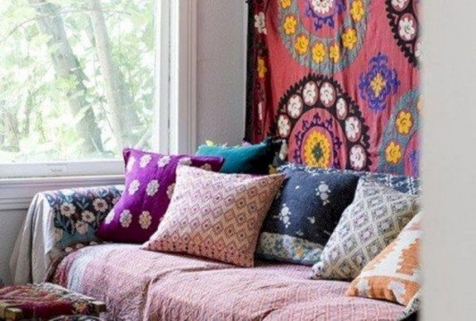 14 Incredible Colorful Bohemian Living Room Ideas For Inspiration 70