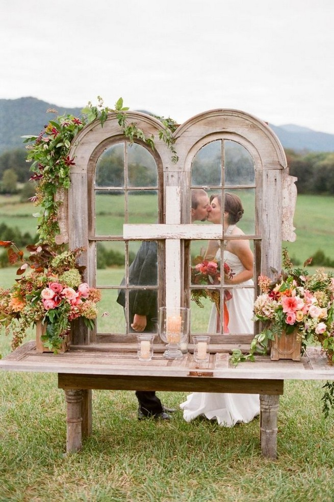 15 Rustic Backyard Outdoor Wedding Ideas 16