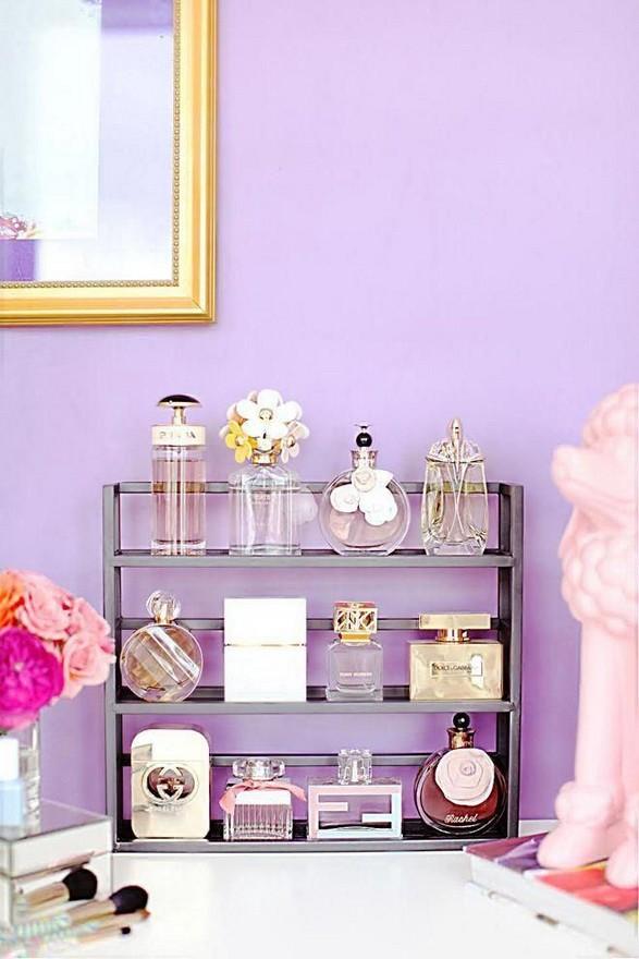 16 Elegant Living Room Shelves Decorations Ideas 09