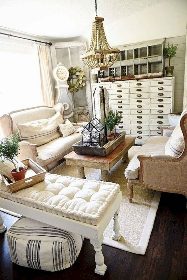 16 Elegant Living Room Shelves Decorations Ideas 42
