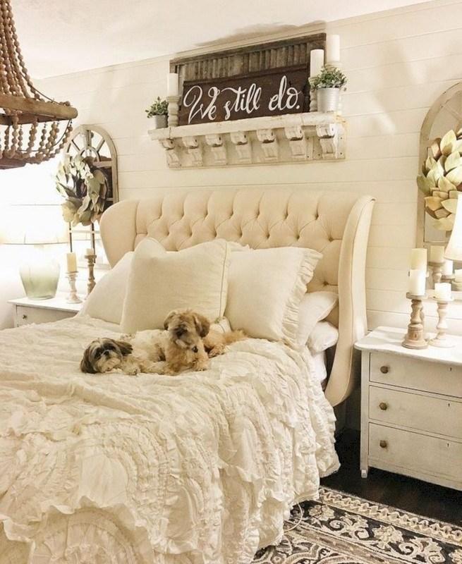 18 Shabby Chic Bedroom Design Ideas 07