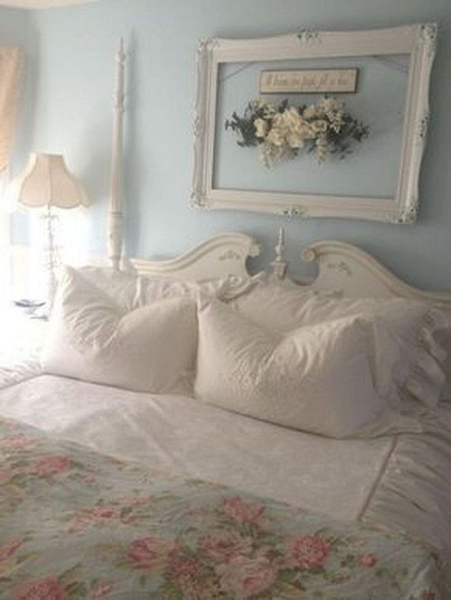 18 Shabby Chic Bedroom Design Ideas 12