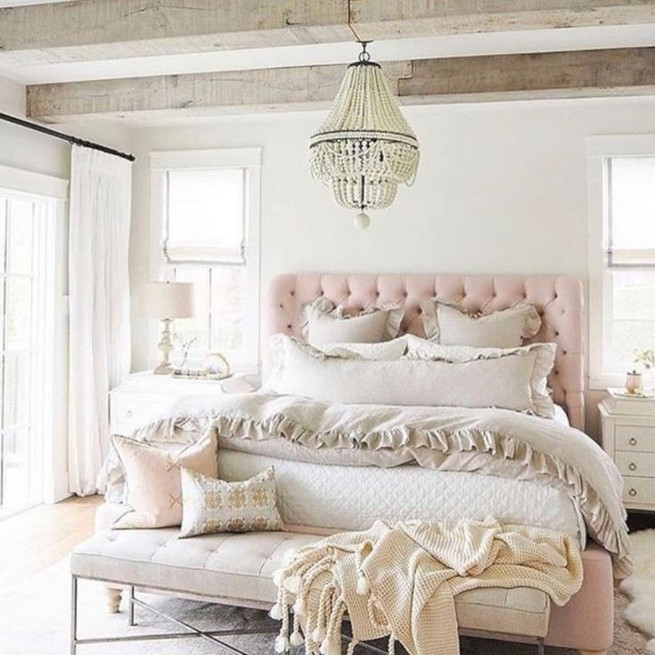 18 Shabby Chic Bedroom Design Ideas 43