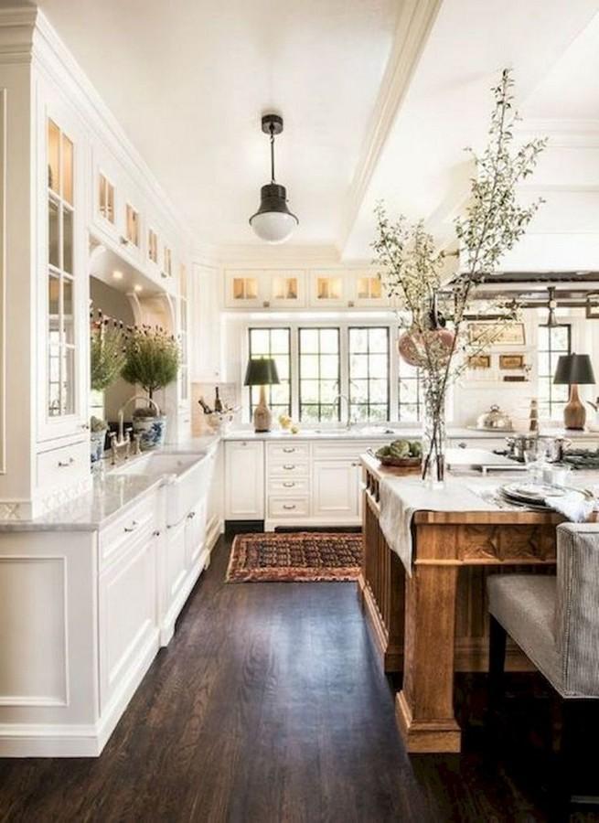 13 Creative Farmhouse Kitchen Decor Ideas 19