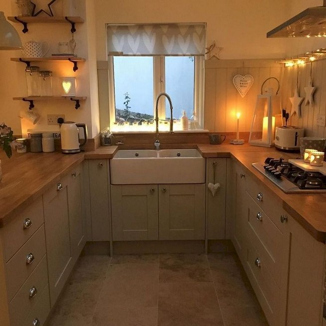 13 Creative Farmhouse Kitchen Decor Ideas 20