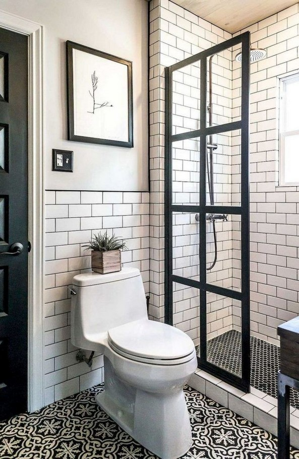 14 Inspiring Small Master Bathroom Decorating Ideas 59