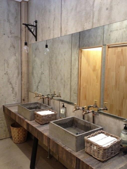19 Captivating Public Bathroom Design Ideas 14