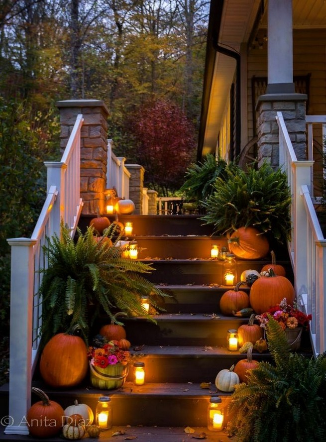 19 Cozy Outdoor Halloween Decorations Ideas 05