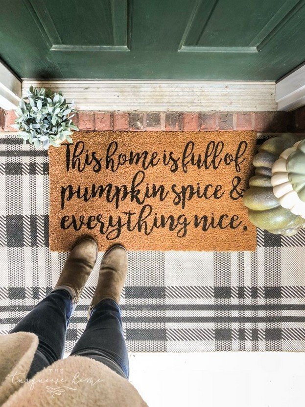 19 Cozy Outdoor Halloween Decorations Ideas 34