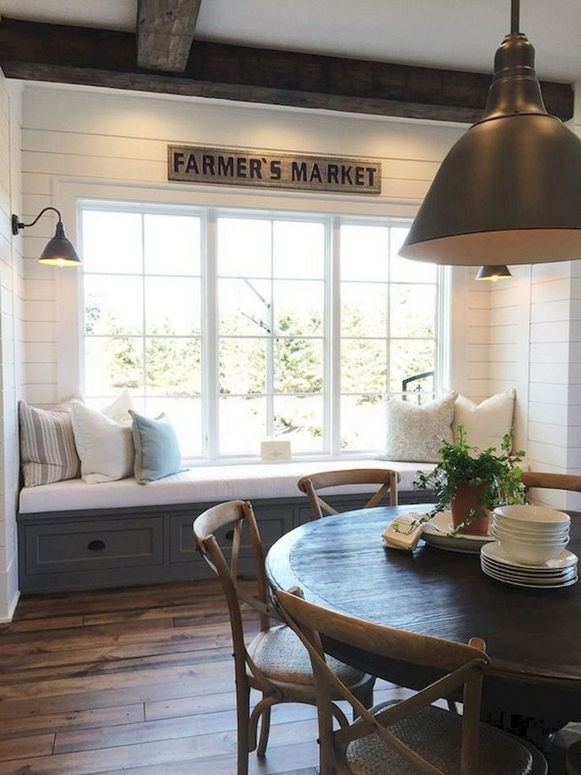 19 Fancy Farmhouse Dining Room Design Ideas 31