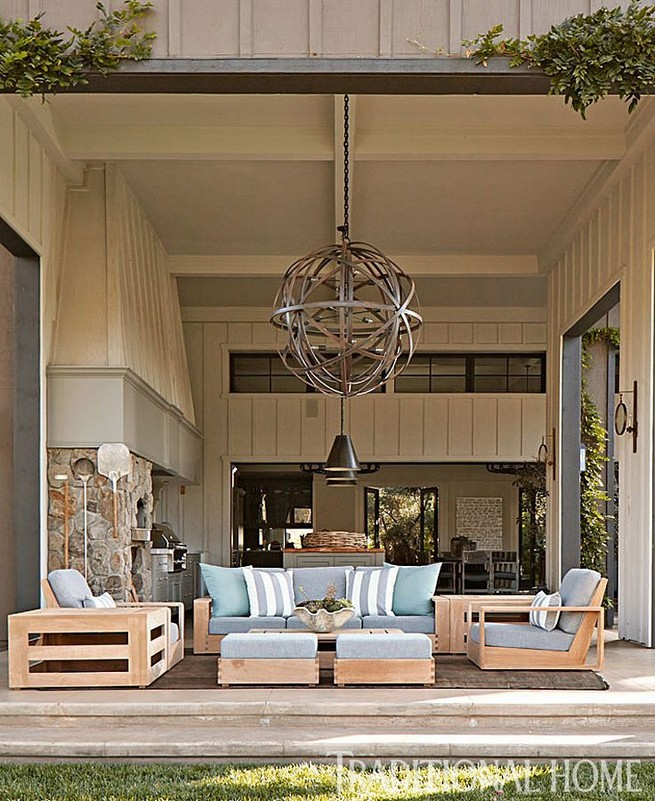 19 Stunning Indoor And Outdoor Beach Dining Spaces Ideas 33