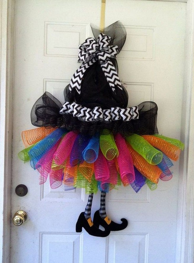 20 Adorable Diy Halloween Wreaths Design Ideas 43
