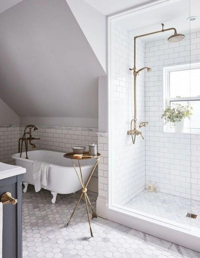 21 Outstanding Traditional Bathroom Ideas To Not Miss 31