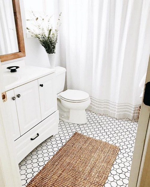21 Outstanding Traditional Bathroom Ideas To Not Miss 46