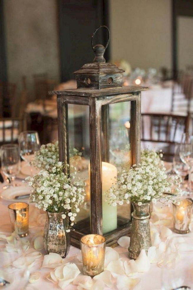 21 Romantic Rustic Winter Wedding Table Decoration Ideas 13