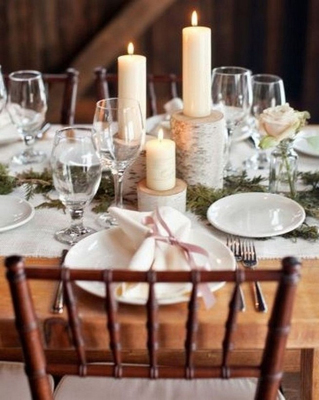 21 Romantic Rustic Winter Wedding Table Decoration Ideas 51