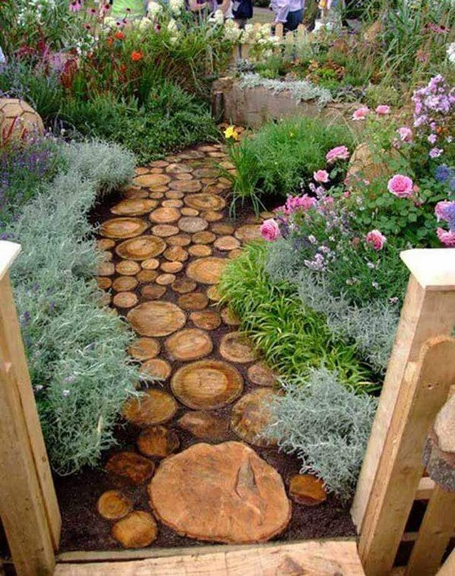 22 Unique Garden Stepping Stone Ideas 17