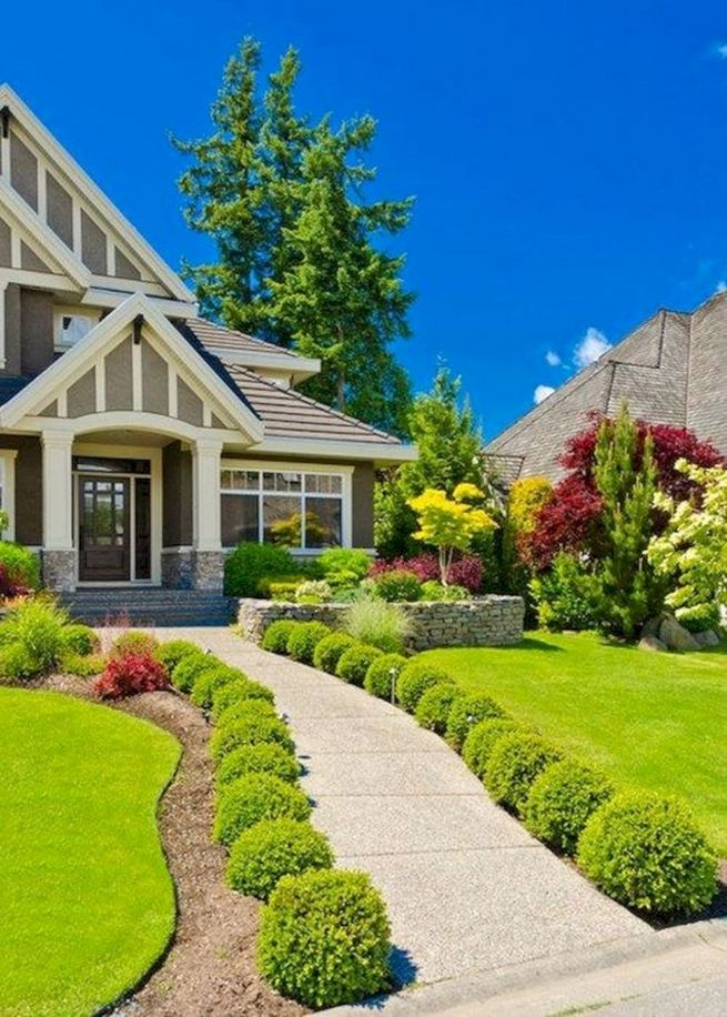 14 Relaxing Front House Landscaping Ideas 41