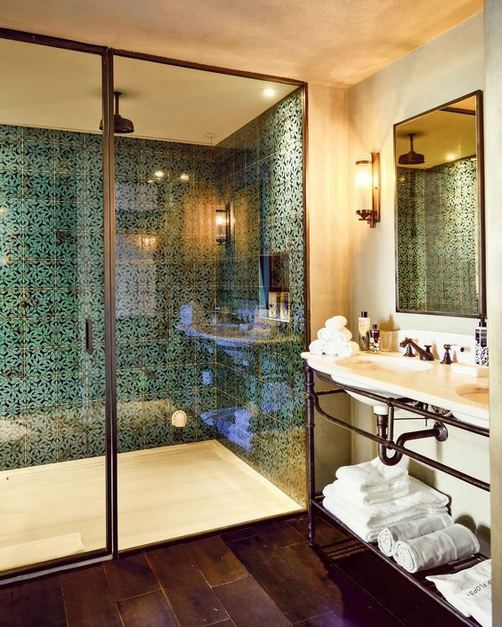14 Relaxing Luxury Master Bathroom Design Ideas With Rustic Style 24