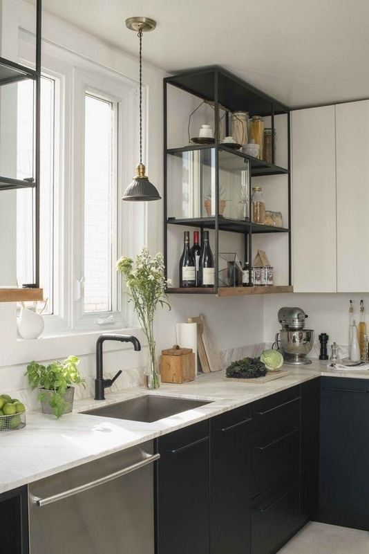15 Affordable Black And White Kitchen Cabinets 17