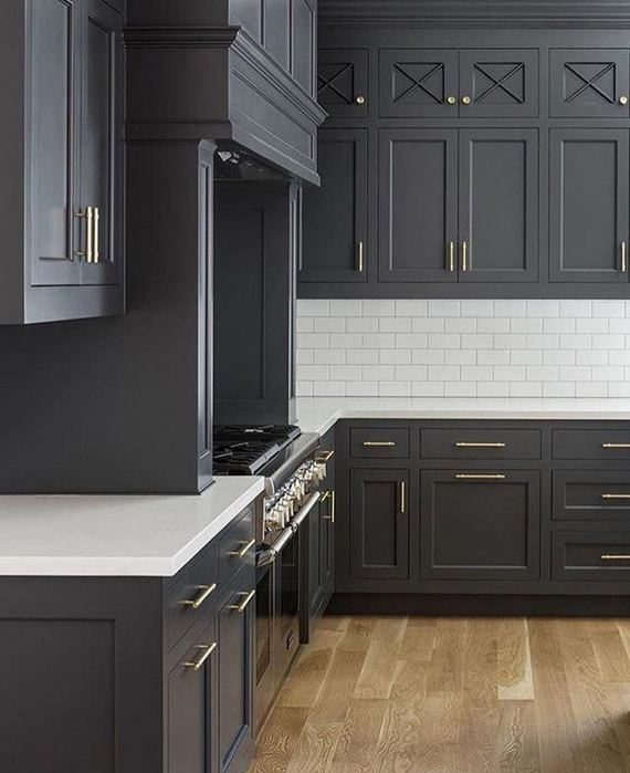 15 Affordable Black And White Kitchen Cabinets 21