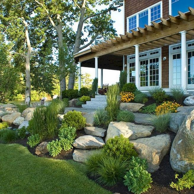 15 Beautiful Front Yard Patio Designs Ideas 03