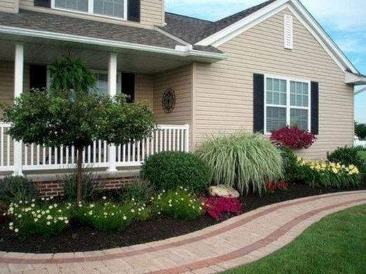15 Elegant Front Sidewalk Landscaping Ideas 04
