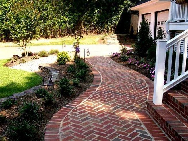 15 Elegant Front Sidewalk Landscaping Ideas 14