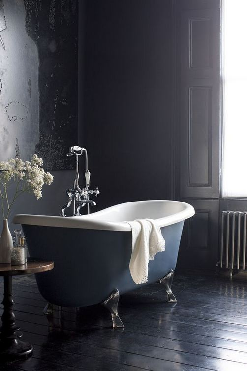 17 Modern Bathrooms With Clawfoot Tubs 45