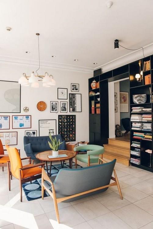 20 Comfortable Apartment Living Room Ideas With Unique Decor 43