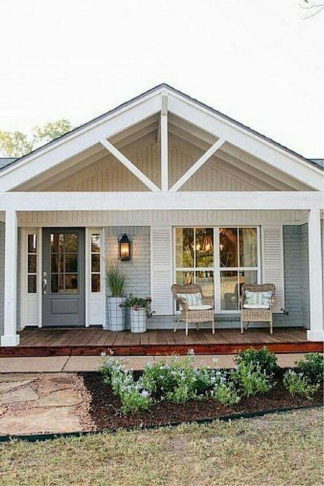 21 Gorgeous Cottage House Exterior Design Ideas 17