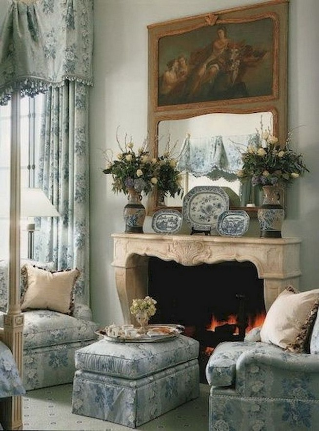 23 Wonderful French Country Living Room Decoration Ideas 35