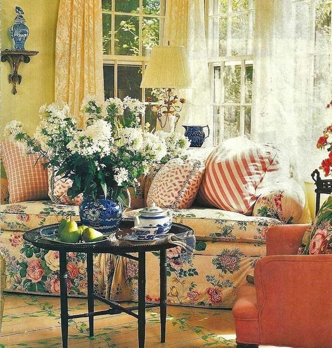 23 Wonderful French Country Living Room Decoration Ideas 56
