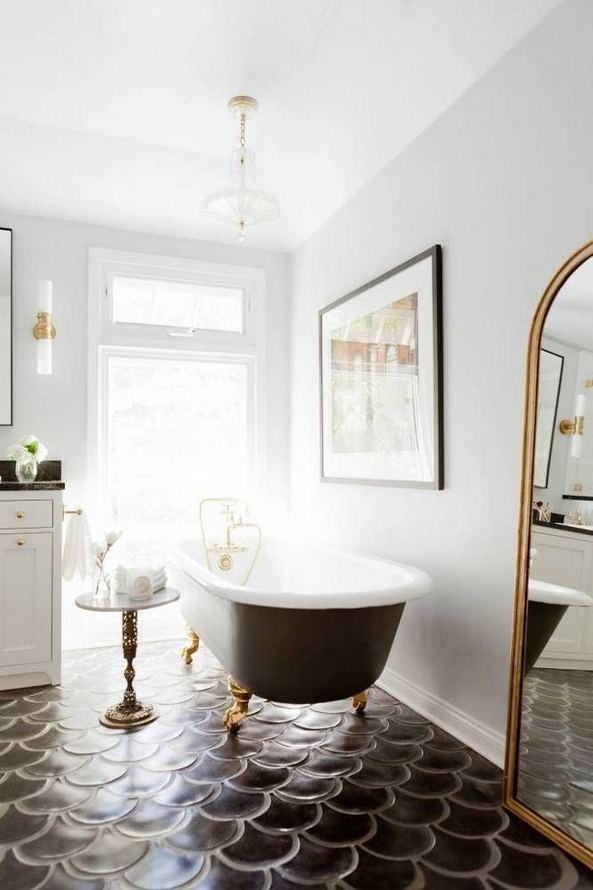 15 Awesome Black Floor Tiles Design Ideas For Modern Bathroom 17
