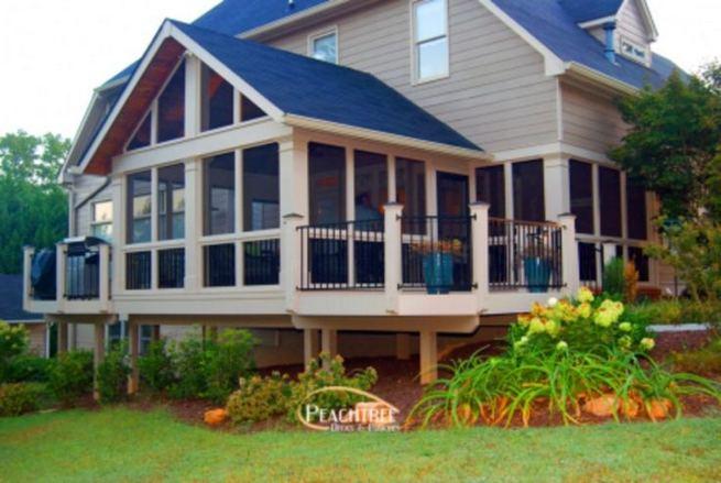 16 Best Alluring Farmhouse Front Porch Decoration Ideas 31