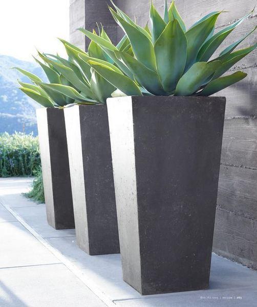 16 Creative DIY Tall Pots Planters Ideas For Modern Garden 28