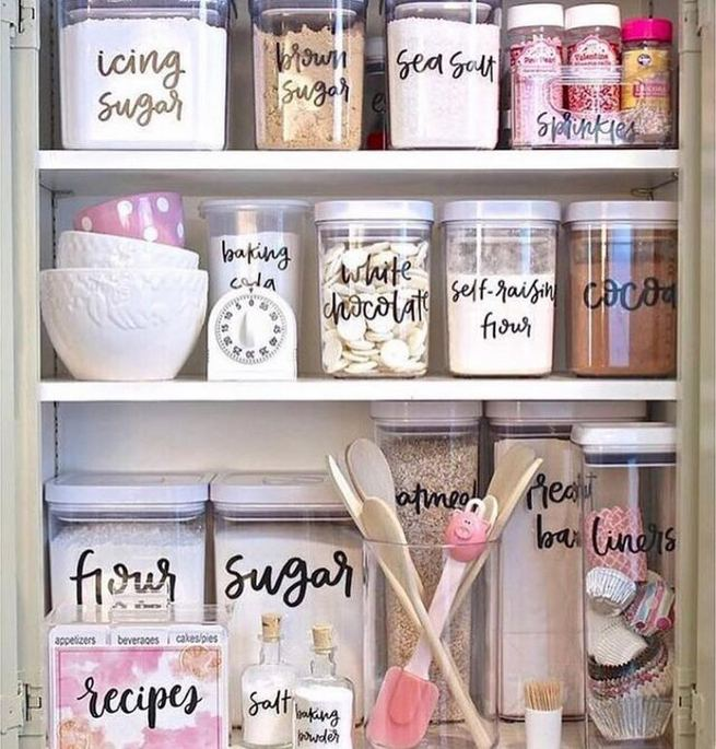 17 Adorable Space Saving Kitchen Pantry Ideas 36